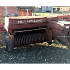 New Holland 270 presa